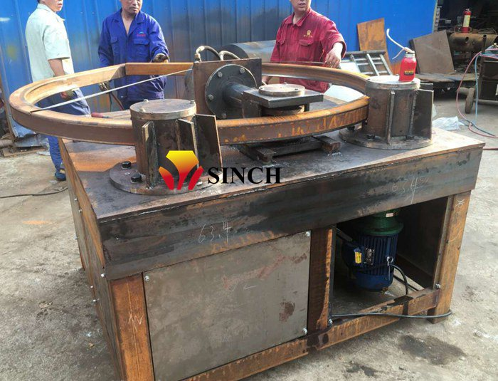 Square pipe bending testing in factory